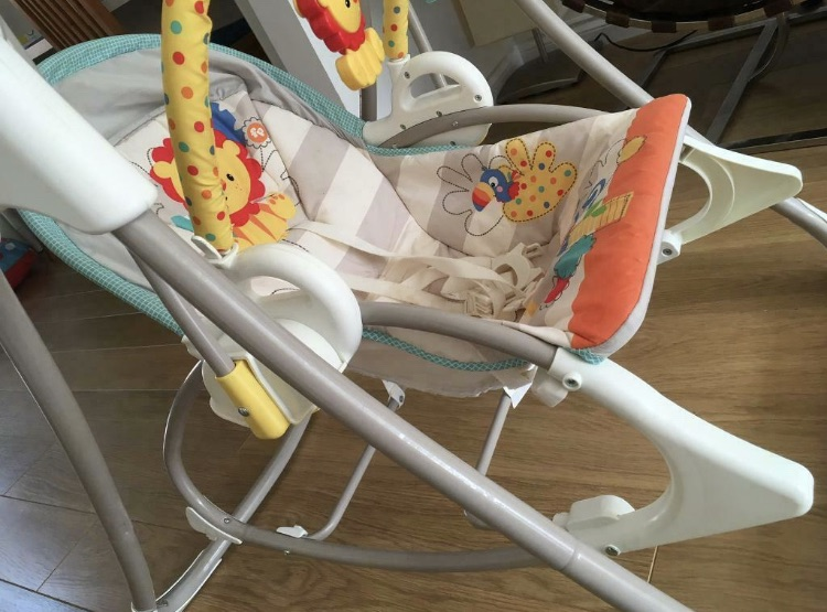 Fisher Price 3-in-1 Swing-N-Rocker, New-Born Baby Swing Chair & Bouncer