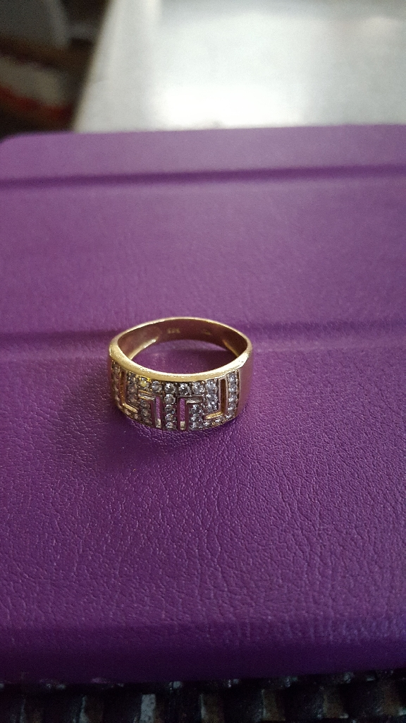 14 K Gold with Diamonds Stunning Ring