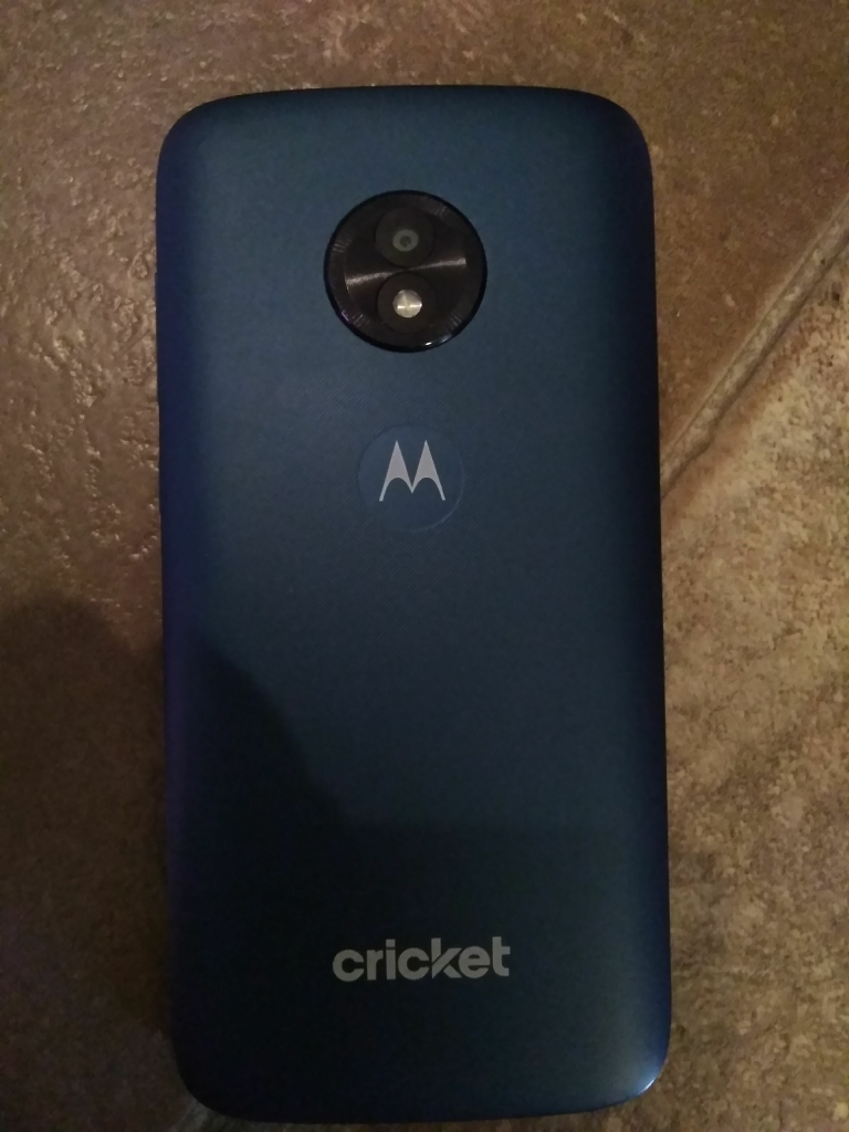 Motoe cruise cricket phone