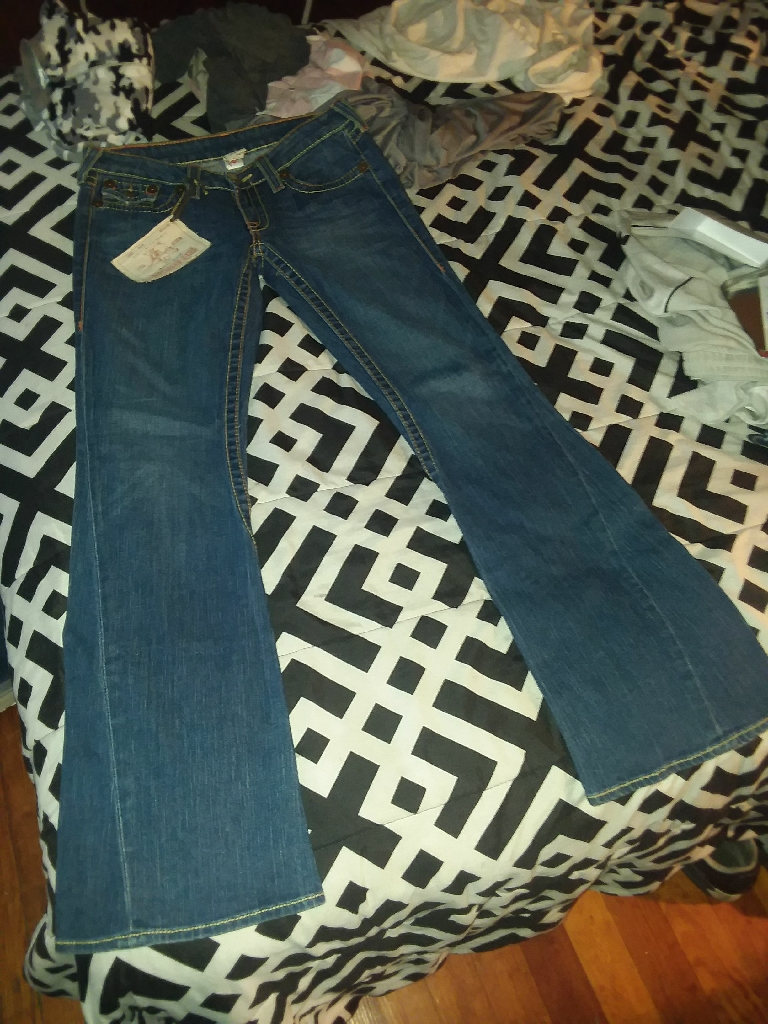 Women's True Religion
