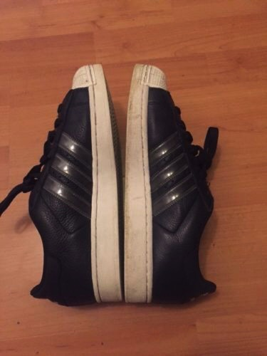 Adidas Superstar UK size 8