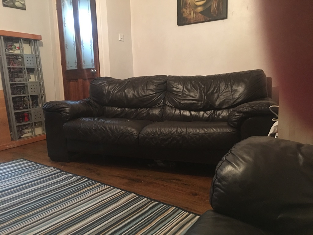Real leather sofa 40 need it gone ASAP