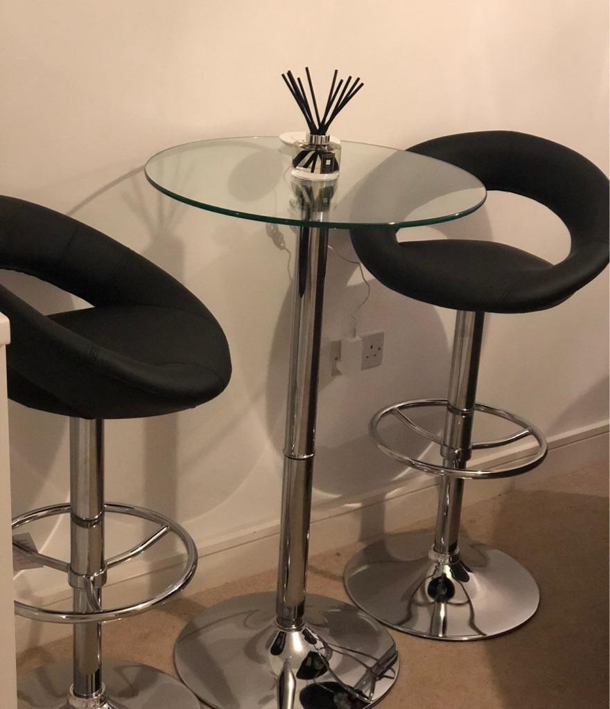 Bar stools & Glass table