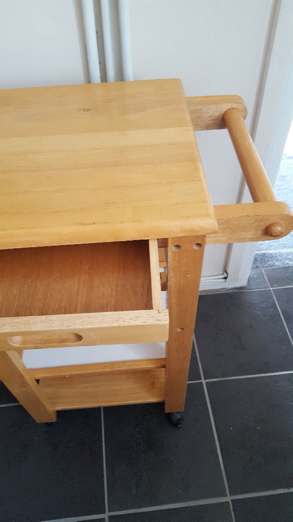 Solid Pine Kitchen Block. Need gone ASAP.
