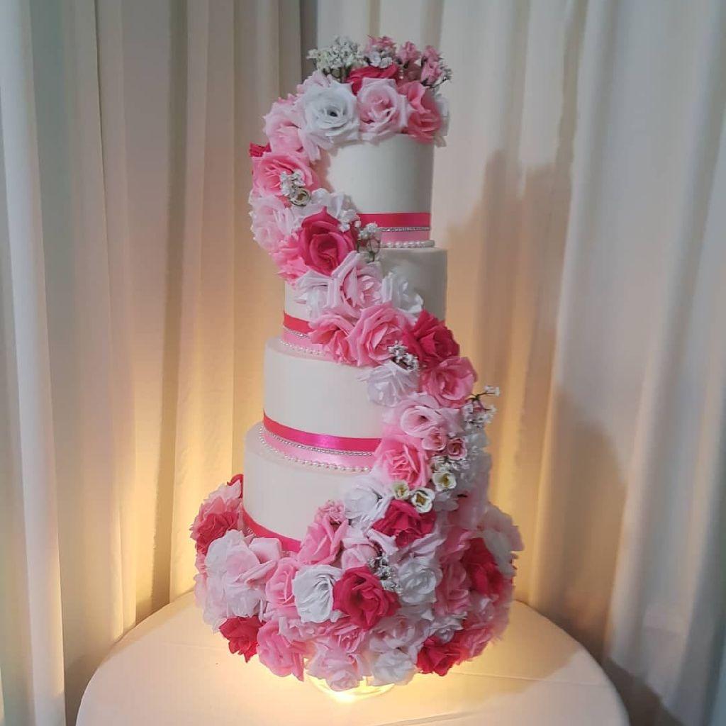 Pink flower wrap cake