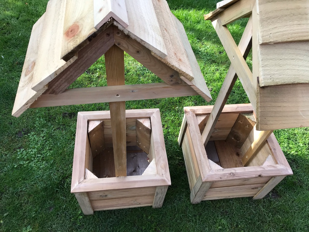REDUCED pair of lovely wishing well wooden garden planters