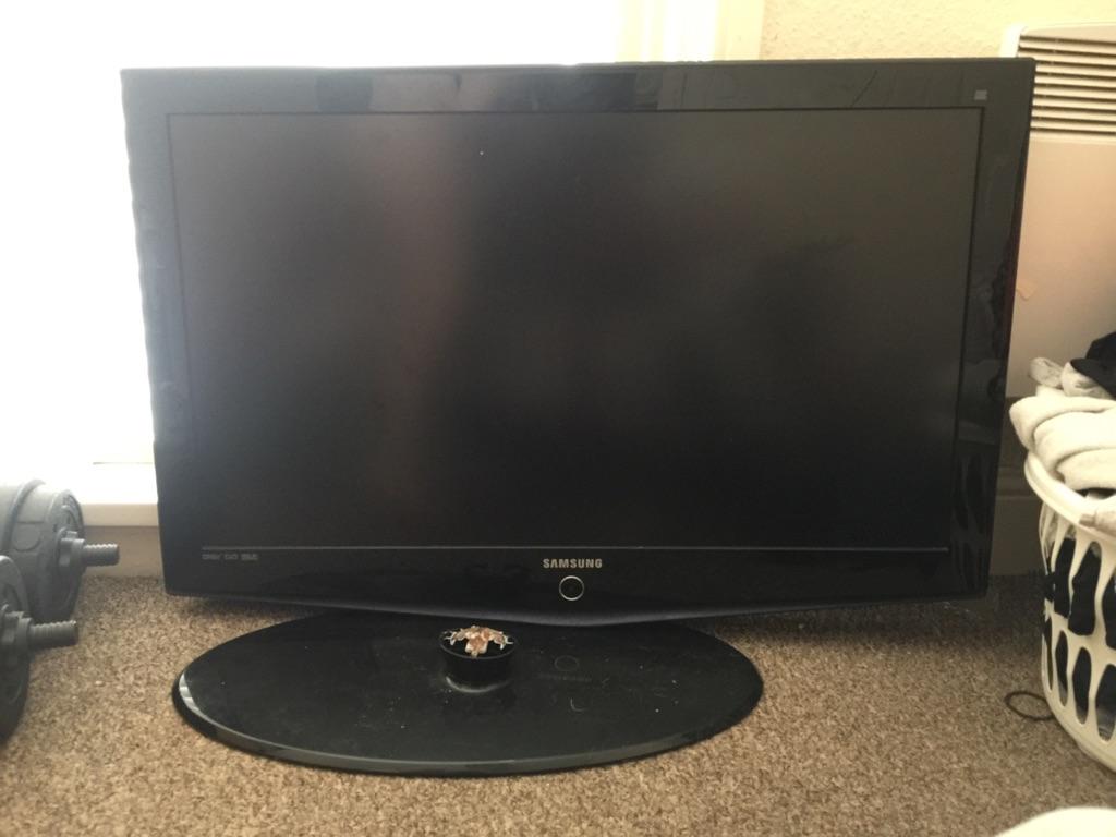 Samsung HD tv. 48'inch