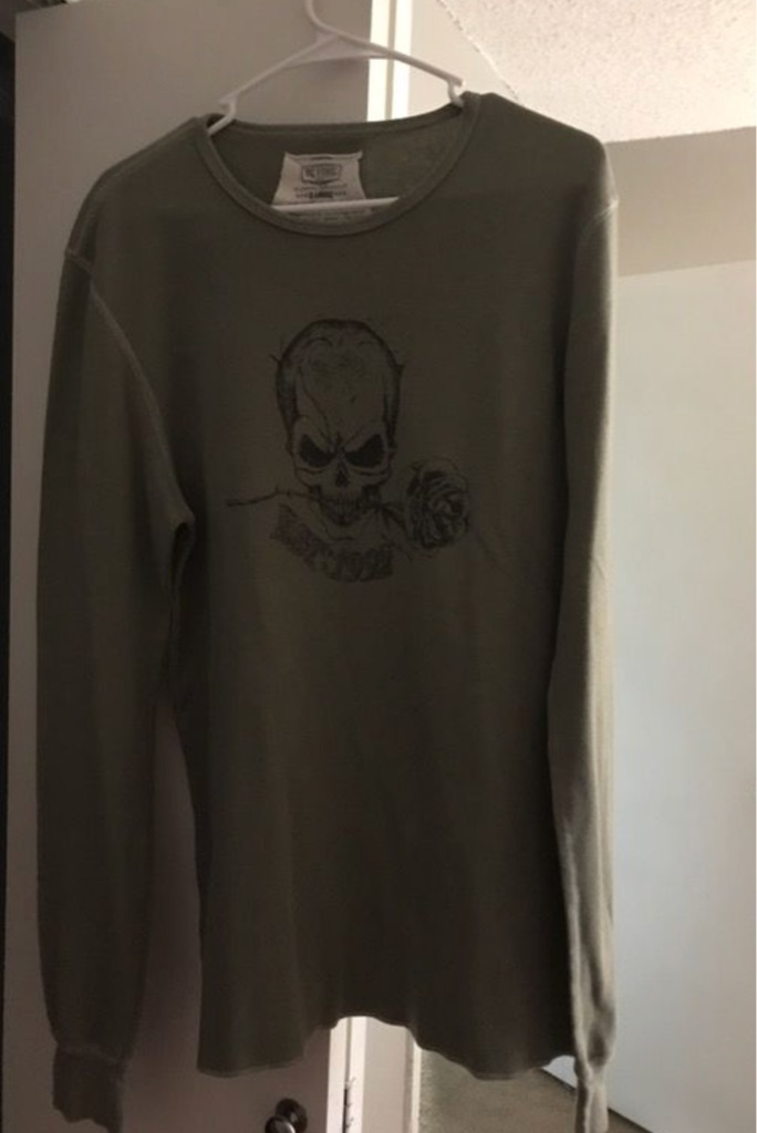 Men's xl olive with skull thermal long sleeve shirt
