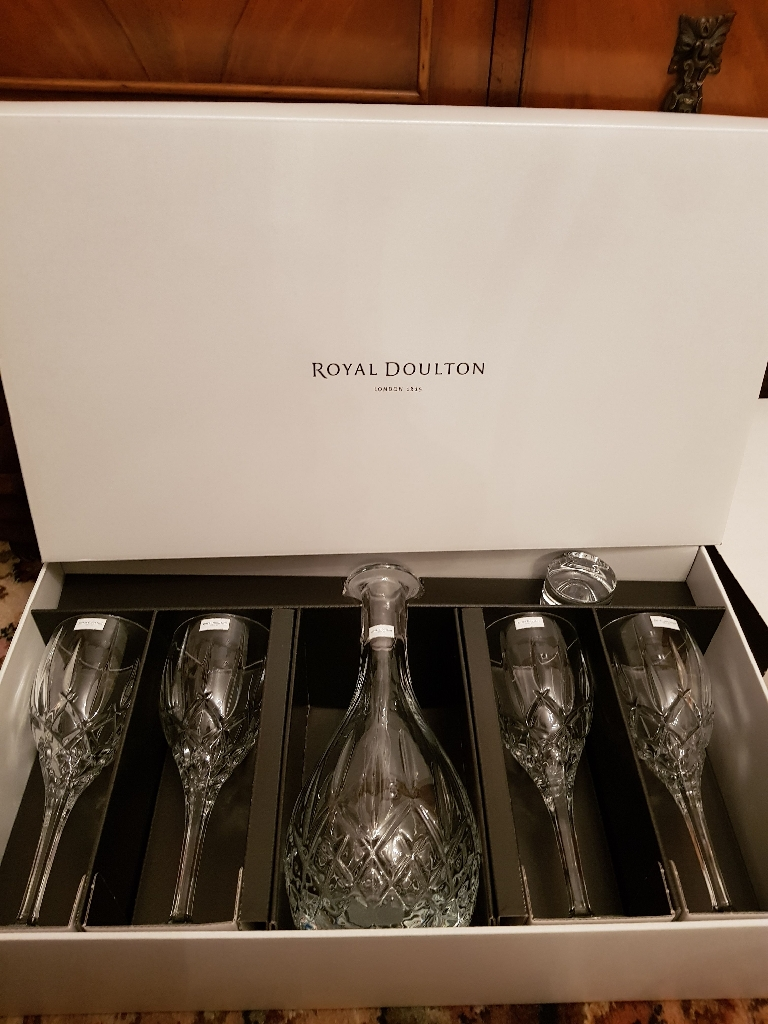 BNIB yal Doulton Wine Glasses and Decanter