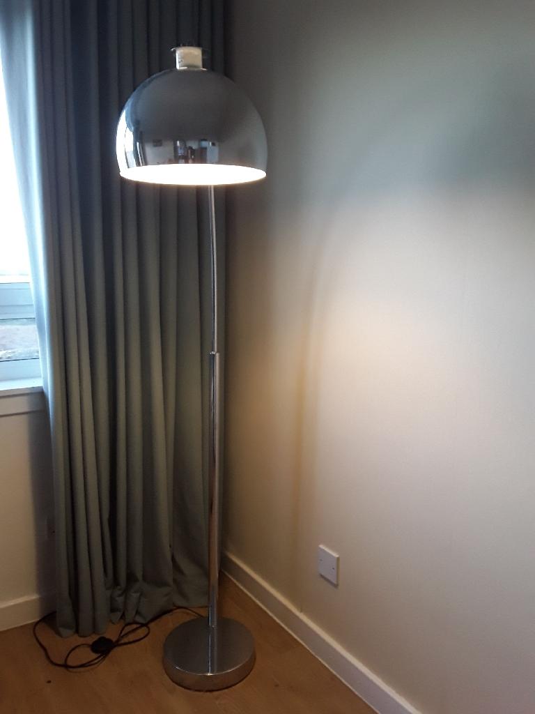 Chrome floor lamp 6ft