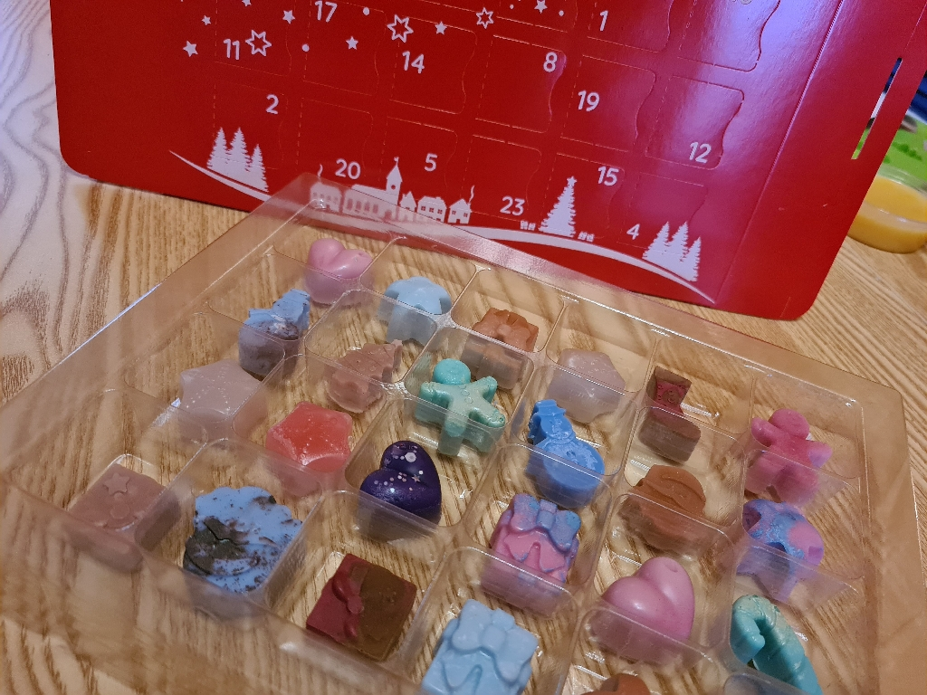 Wax melt advent calendar