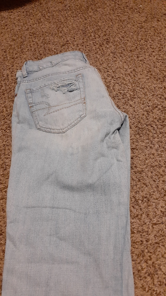 American eagle jeans and 2 tops