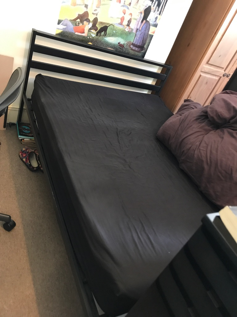 Double bed frame (no mattress)