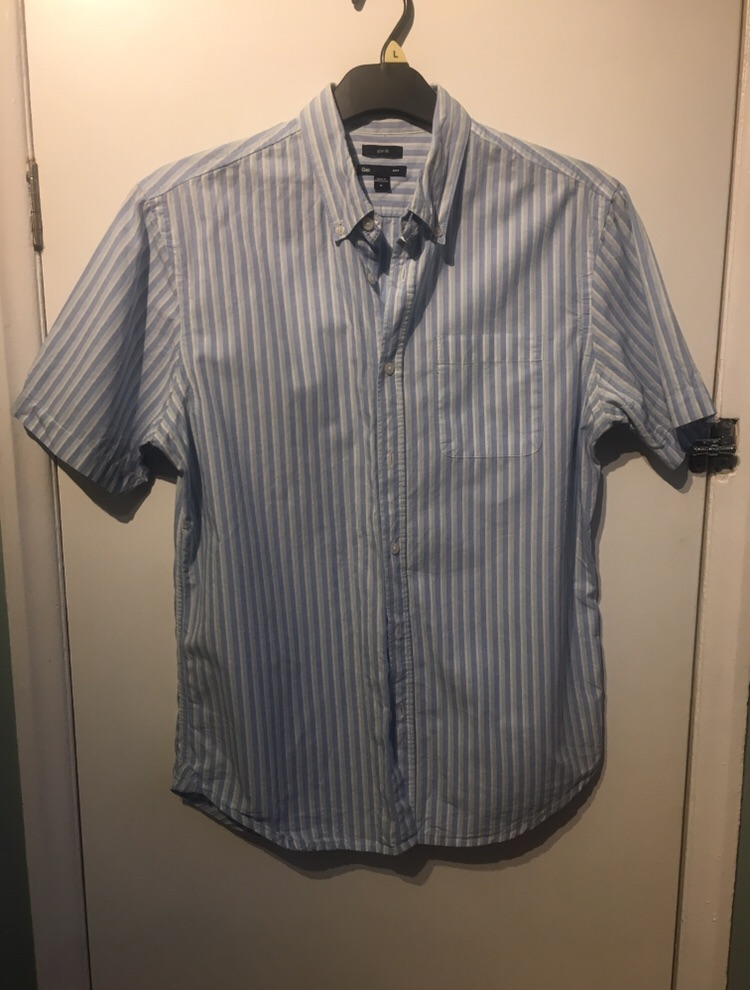 Men's Gap Short Sleeve Shirt Size M