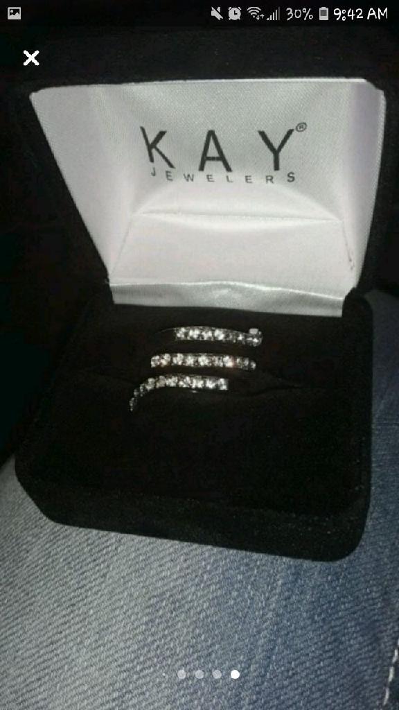 Kay Jewelers sprial Diamond Ring
