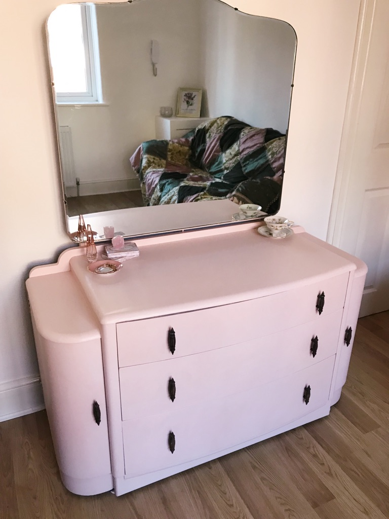 1920's VINTAGE Art Deco Vanity - Girly, Glam, Pink!