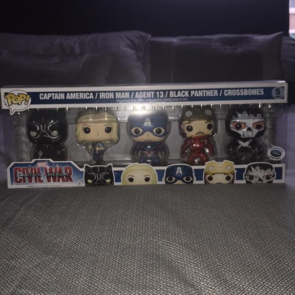 Pop! Vinyl Captain America Civil War 5 Pack Disney Store Exclusive (5000) Pieces