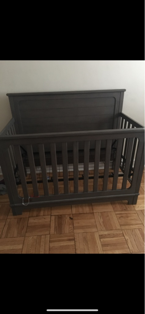 Slumber time 4in 1 crib ages 0ms-5yrs