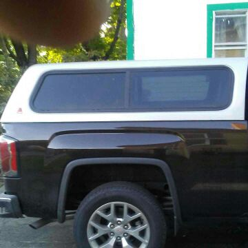 Truck cap short bed grey 2007