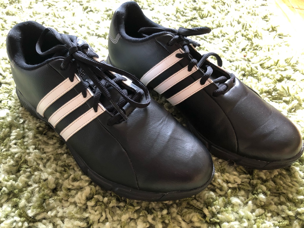 Boys'/Men's Size 7 Adidas Golf Shoes
