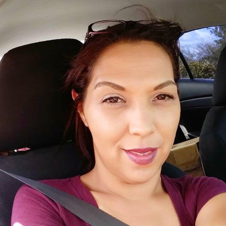 Lara R.