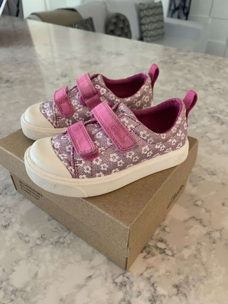 Girls toddler city bright Clarks trainers