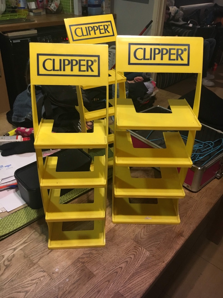 Clipper stands