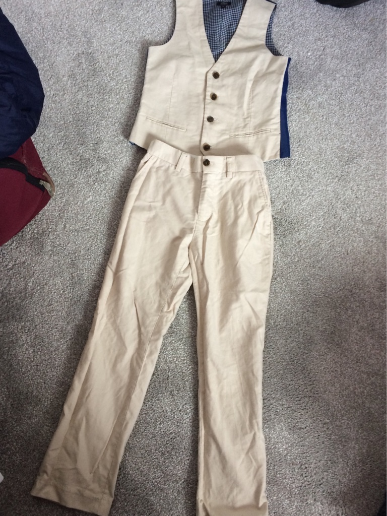 Beige/navy boys suit