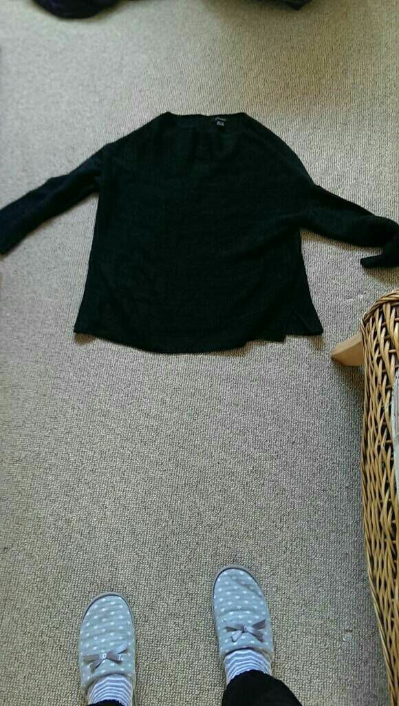 Ladies jumper size 10
