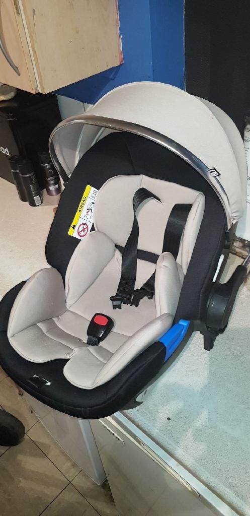 Mothercare 4 wheel Journey pram