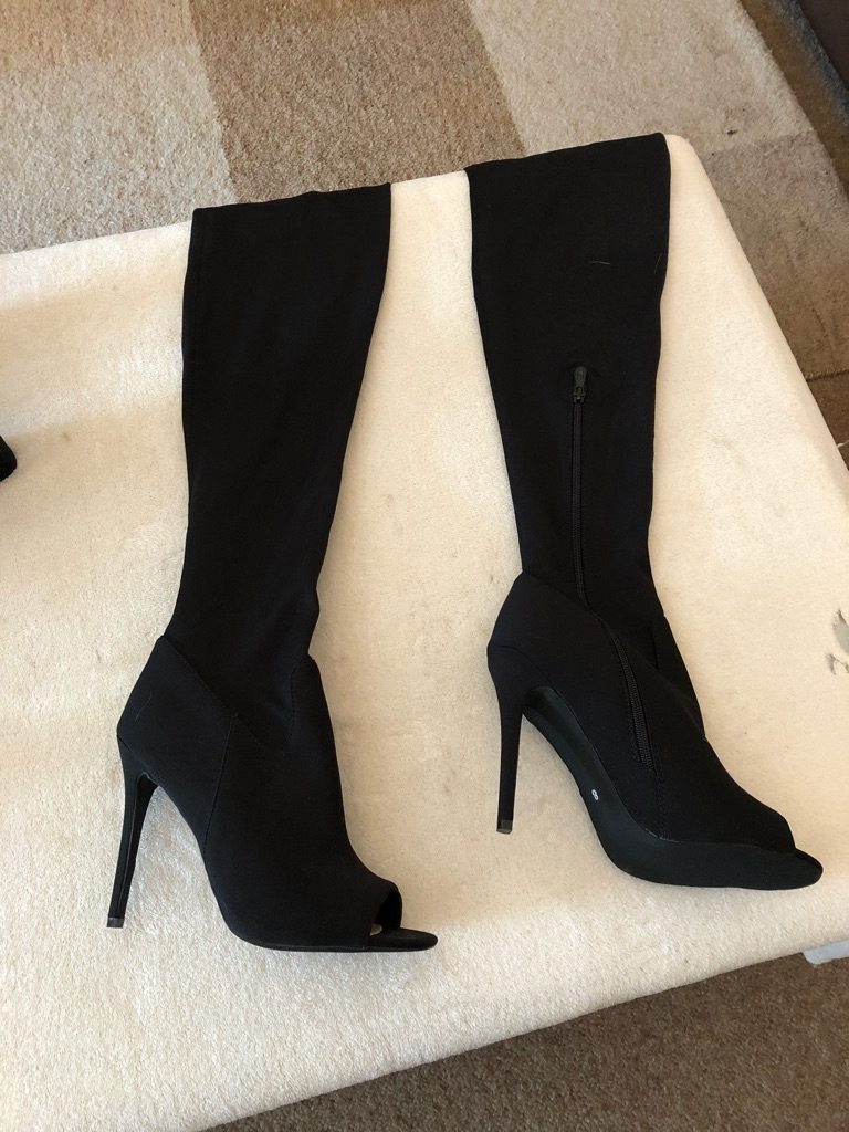 Size 8 shoes and boots plus bag