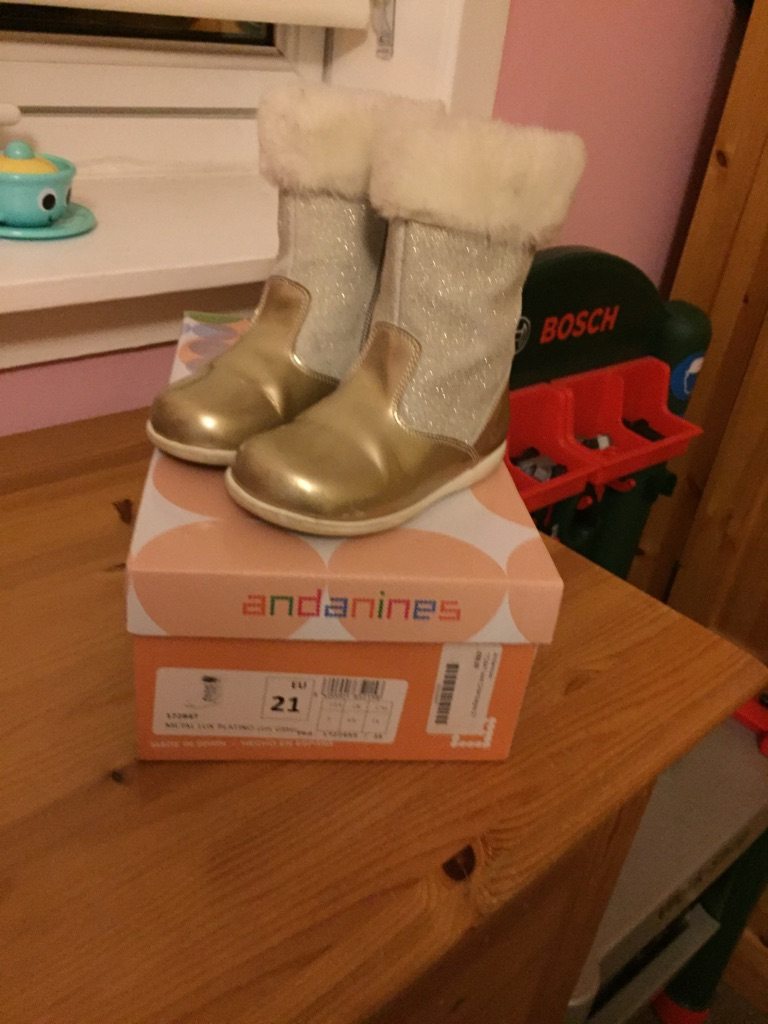 Girls designer boots