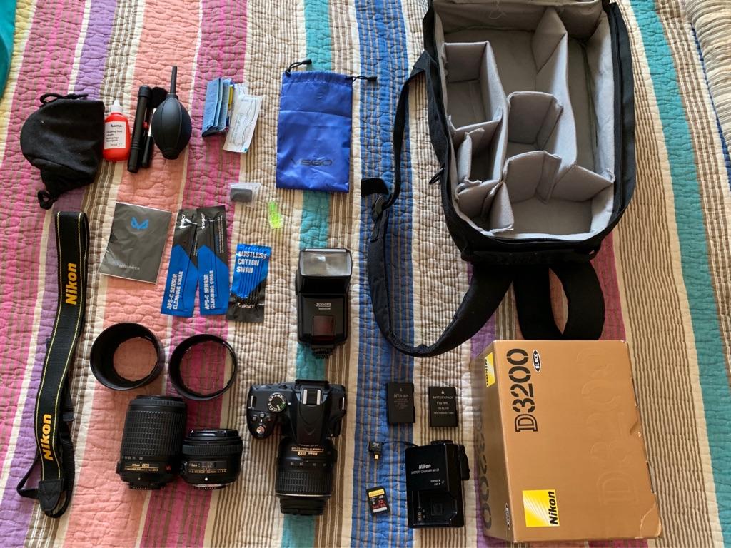 Nikon D3200 DSLR Starter kit