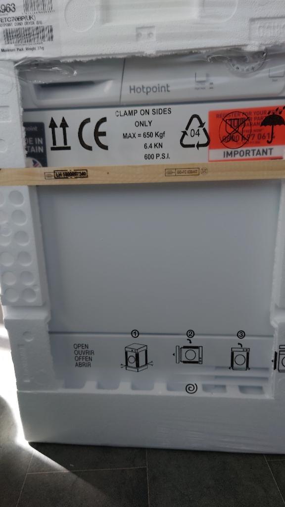 Hot point condenser dryer brand new