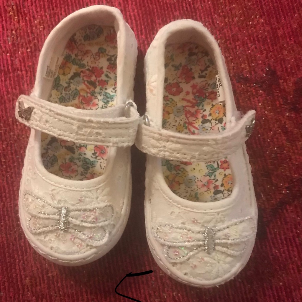 Infants Trainers Size 5