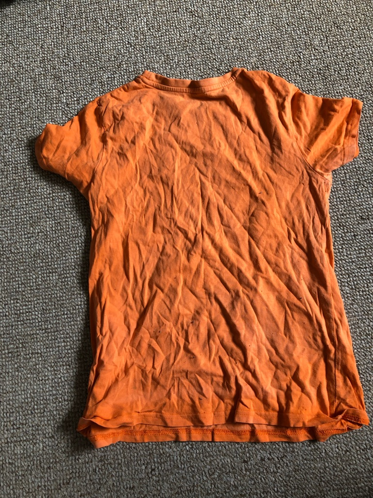 Boys t shirt size 9/10 from primark