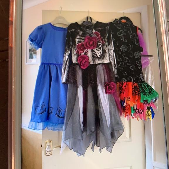 Girls dress up clothes
