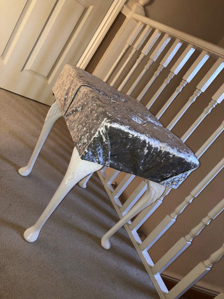 CRUSHED VELVET STOOL Dressing  / Vanity / Piano Plush Diamante Bedroom home