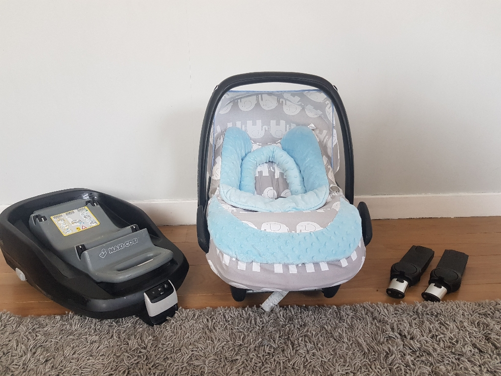 Icandy peach, maxi Cosi car seat, isofix base, connectors and accessories