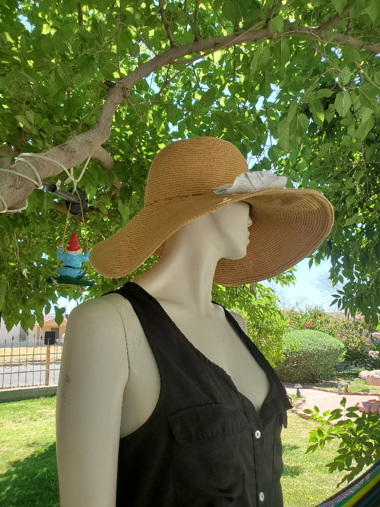 Women's Foldable Wide-Brimmed Beach Hat Summer Sun Beach Hat