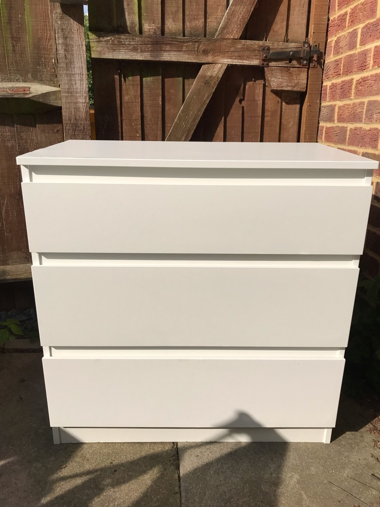 3 drawer chest of drawers white