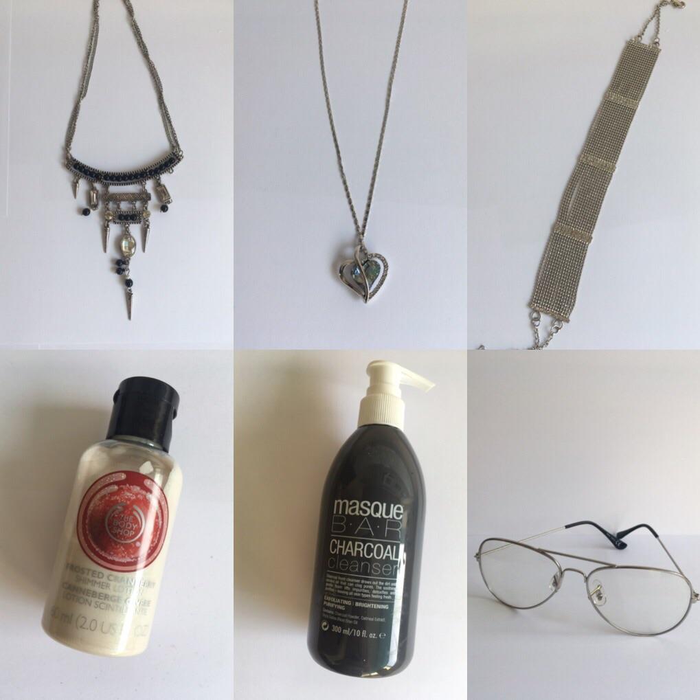 accessories must go!