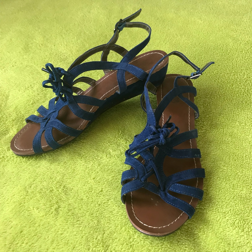 Blue Strappy Sandals - size 7