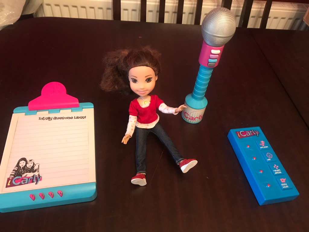 I Carly Doll and Toys