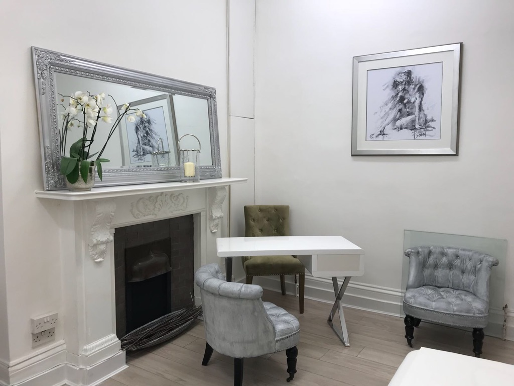 Bespoke Marylebone consulting room to rent
