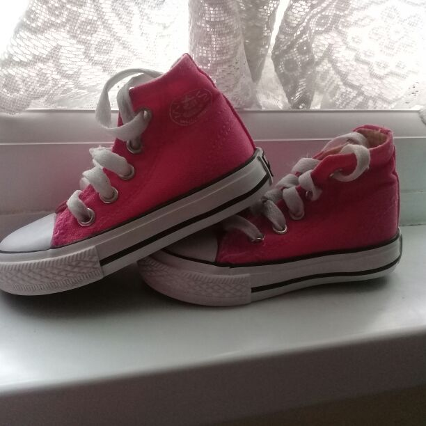 Dunlop Hi Top Infant Size 4 Girl's Trainers