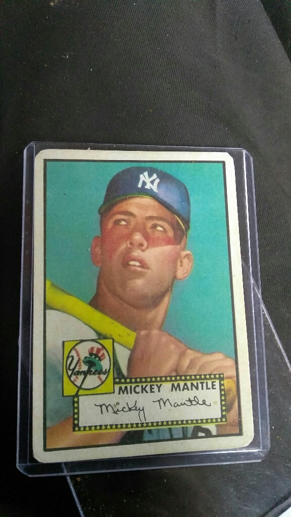 1952 Topps Mickey mantle rookie card with cut autograph signature