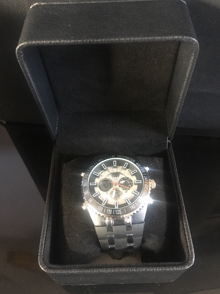 Men's Tachymeter 400m Depth Watch New in a Box