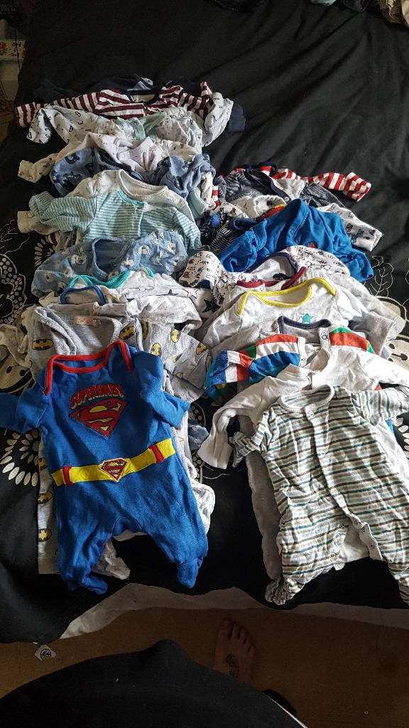 Huge bundle baby boy clothes 0-3 clothes