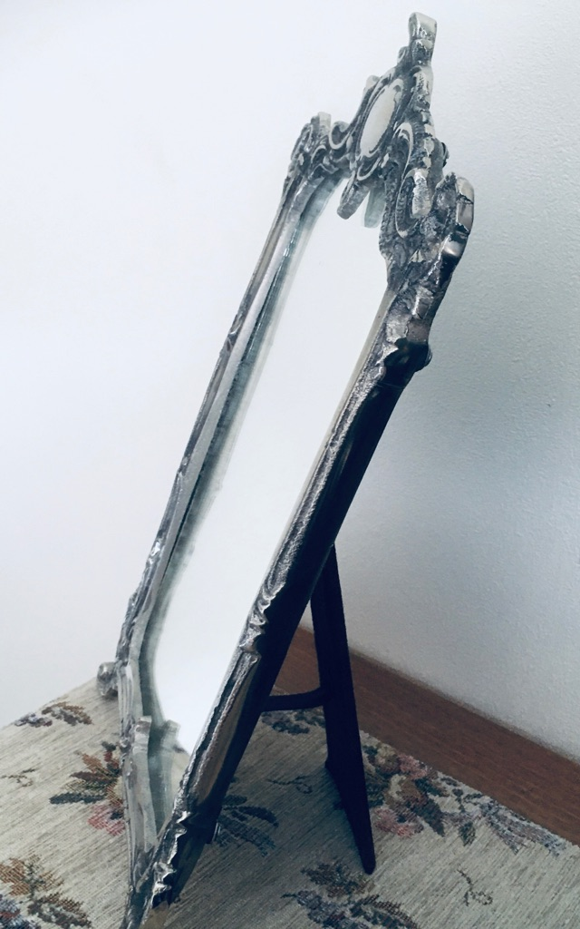 Mirror (Mirror Mirror on a table top)